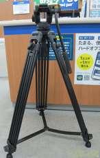 ビデオカメラ用三脚|CAYER