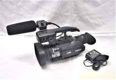 業務用HDメモリーカードカメラレコーダー|JVC