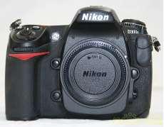 デジタル一眼レフカメラ NIKON