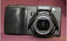 コンパクトデジタルカメラ RICOH
