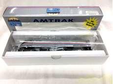 HOゲージ車両 アムトラック40周年記念P42DCディーゼル機関車 AMTRAK