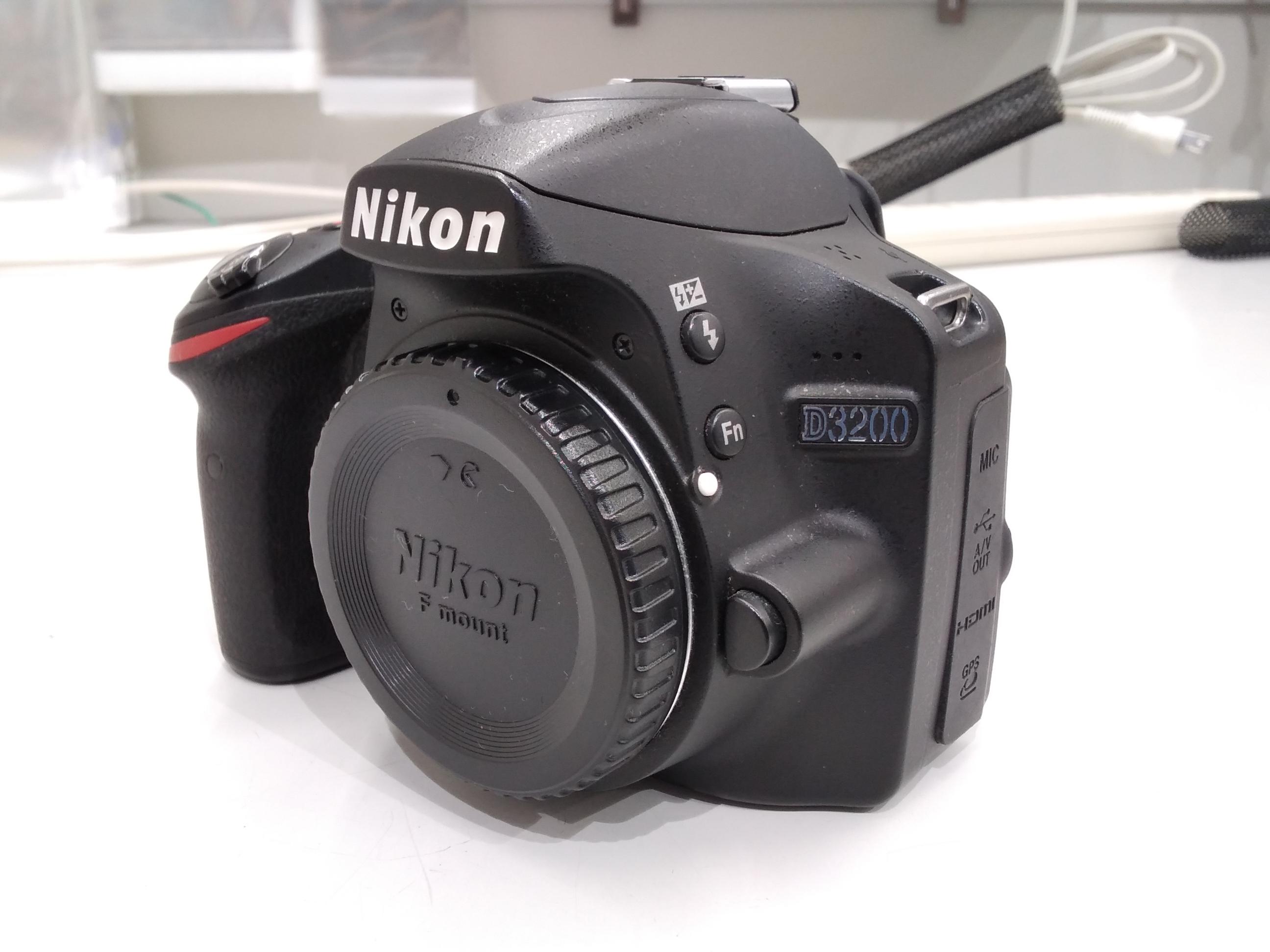 デジタル一眼レフカメラ|NIKON