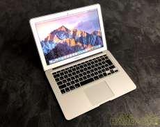 【シンプルで洗練されたデザインが人気】MacBookAir|APPLE