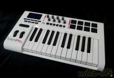 MIDIキーボード|M-AUDIO