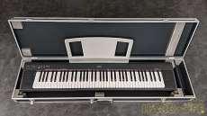 【グランドピアノのリアルサウンド搭載】76ボックス型鍵盤搭載|YAMAHA