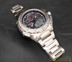 腕時計 CITIZEN × TOYOTA 86 コラボ|CITIZEN