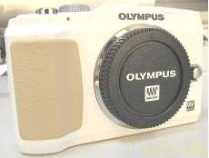 ミラーレス一眼|OLYMPUS