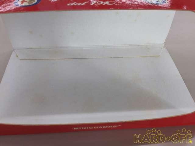 箱内側にシミあり