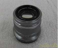 マイクロフォーサーズ用標準・中望遠単焦点レンズ|OLYMPUS