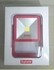 LEDライト|SUPREME