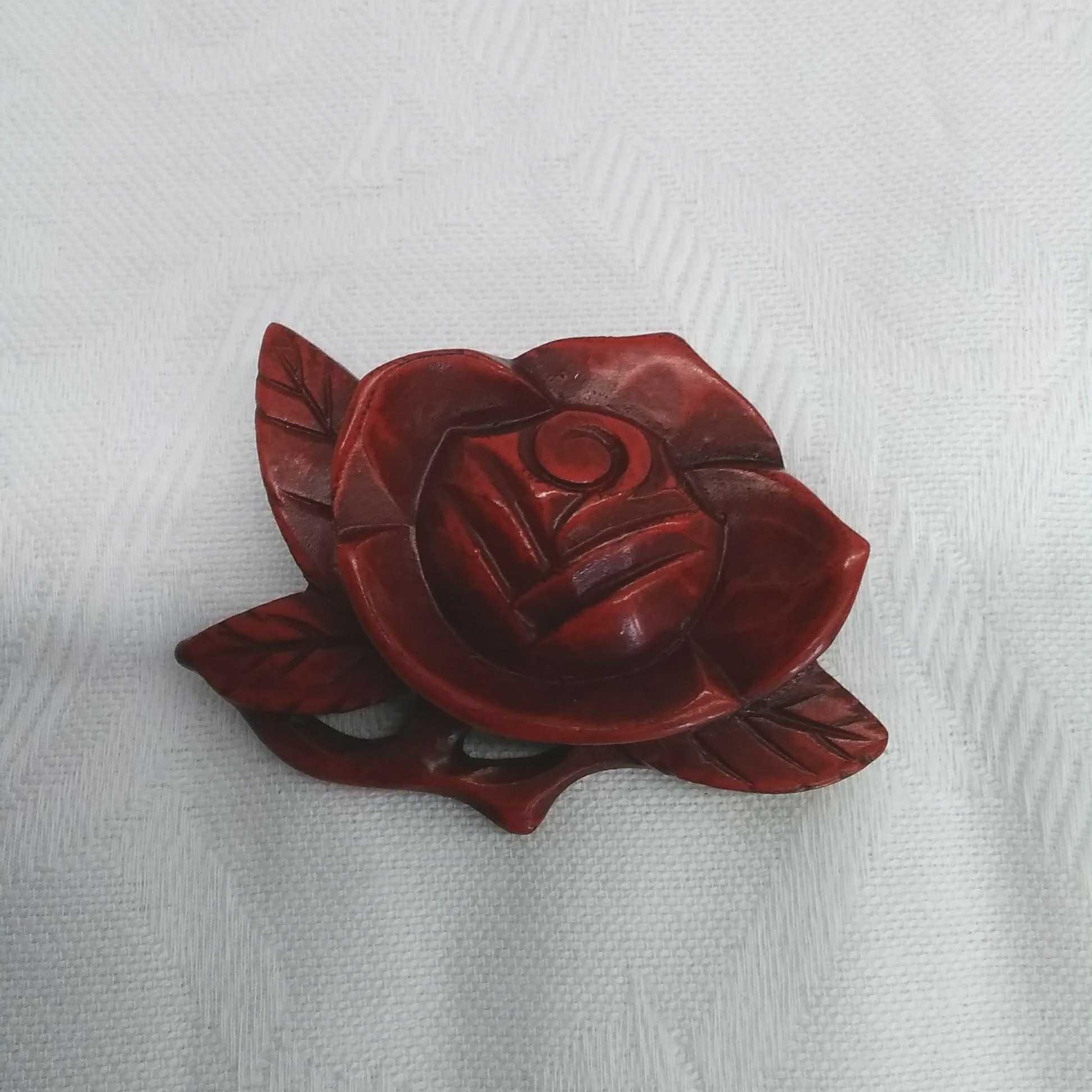 よこ薔薇|鎌倉彫