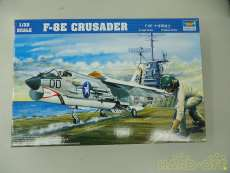 戦闘機 F-8E 1/32プラモデル|TRUMPETER