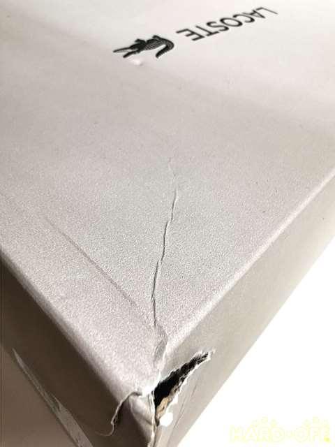 箱に傷み、汚れあり