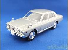 日産グロリア 2000 スーパーデラックス(1971年式)