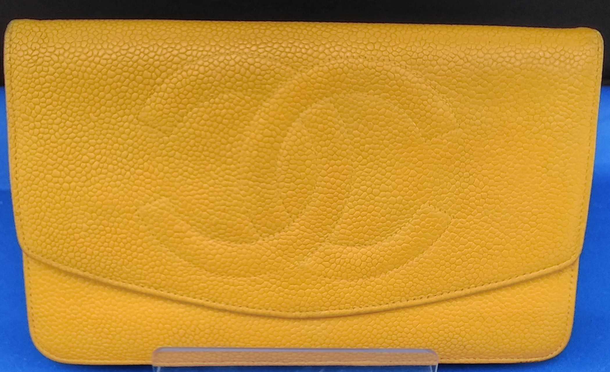 2つ折り財布|CHANEL