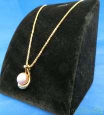 金|宝石付きネックレス