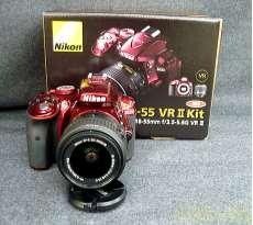 デジタル一眼レフカメラ D5300 18-55 VRIIレンズキット レッド