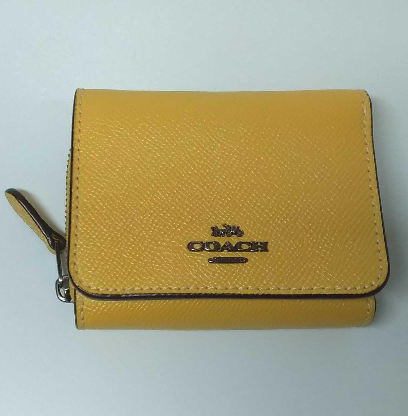 コンパクト財布|COACH