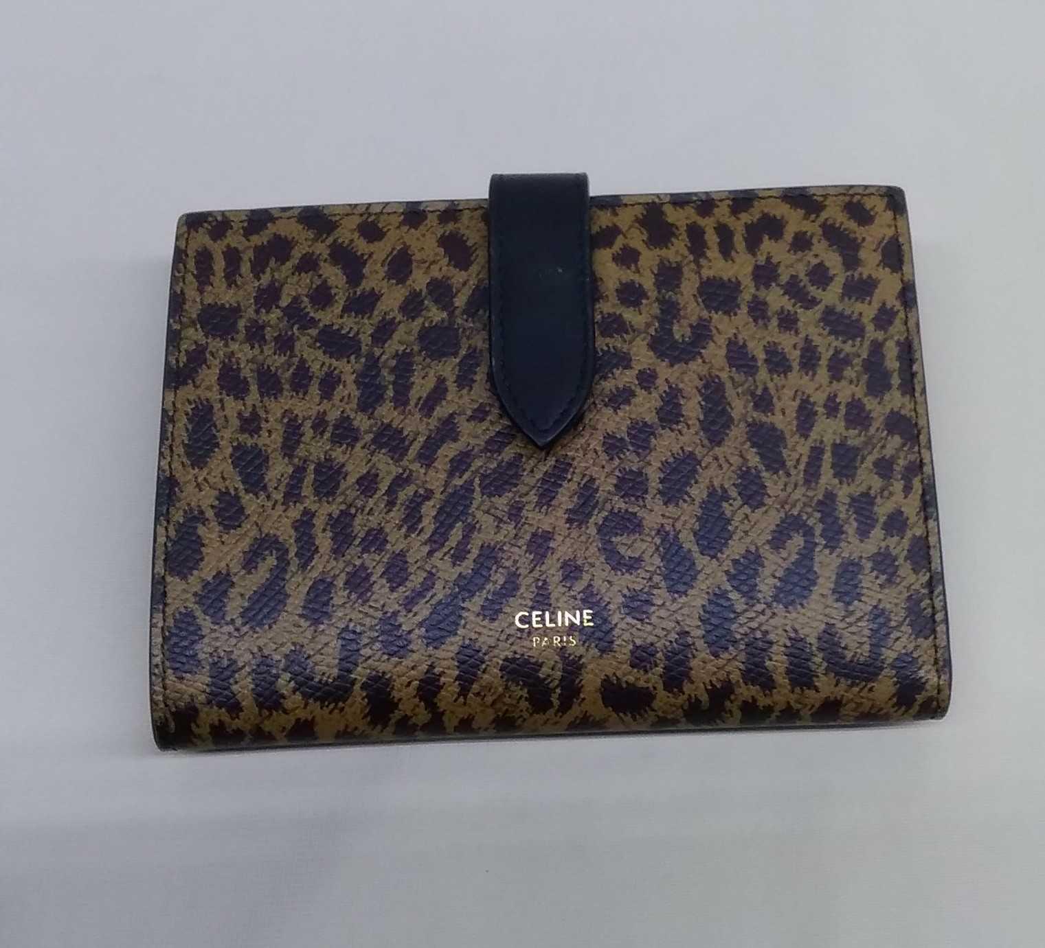 ミディアム財布|CELINE
