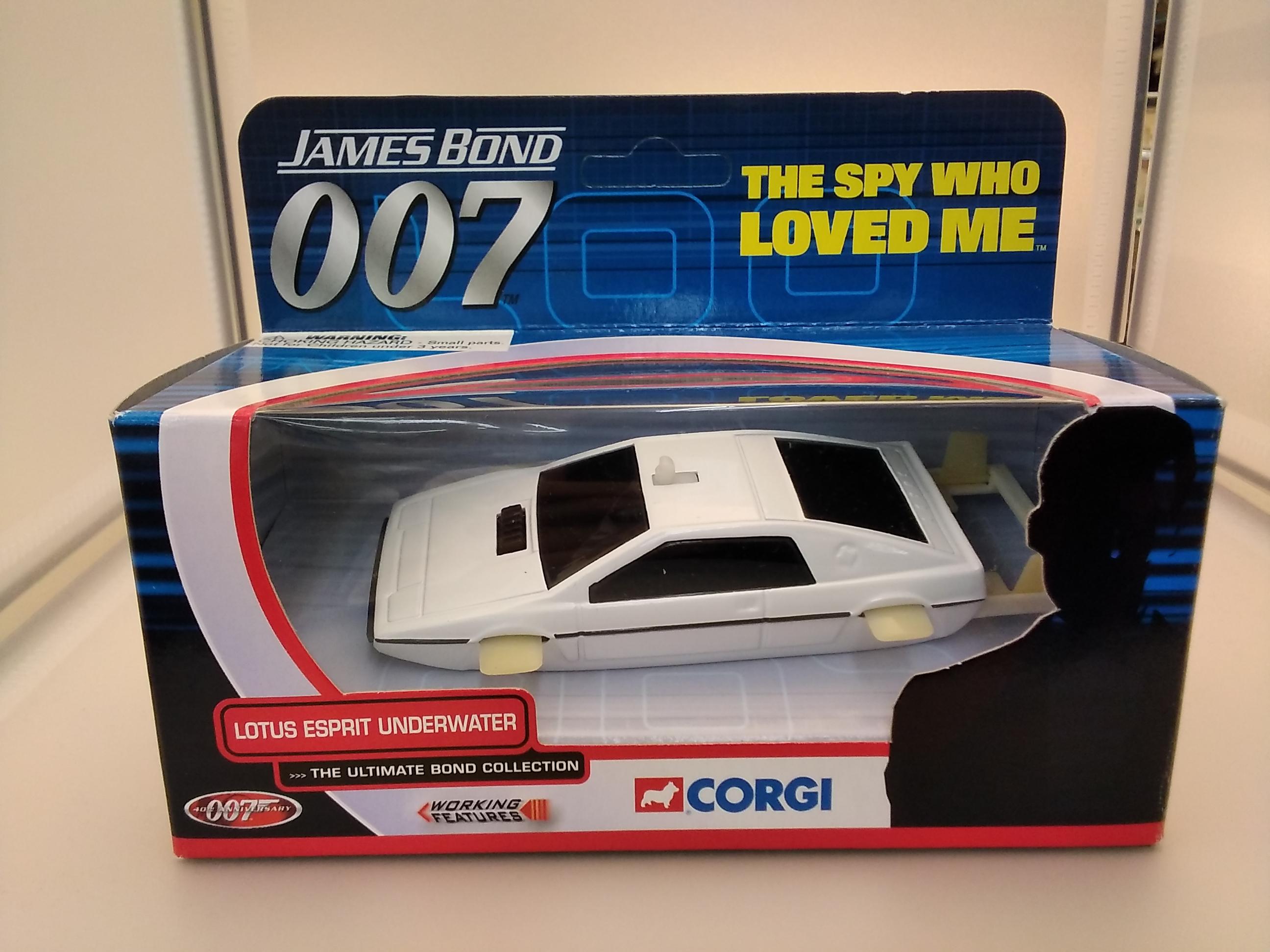 007 ロータスエスプリ|CORGI