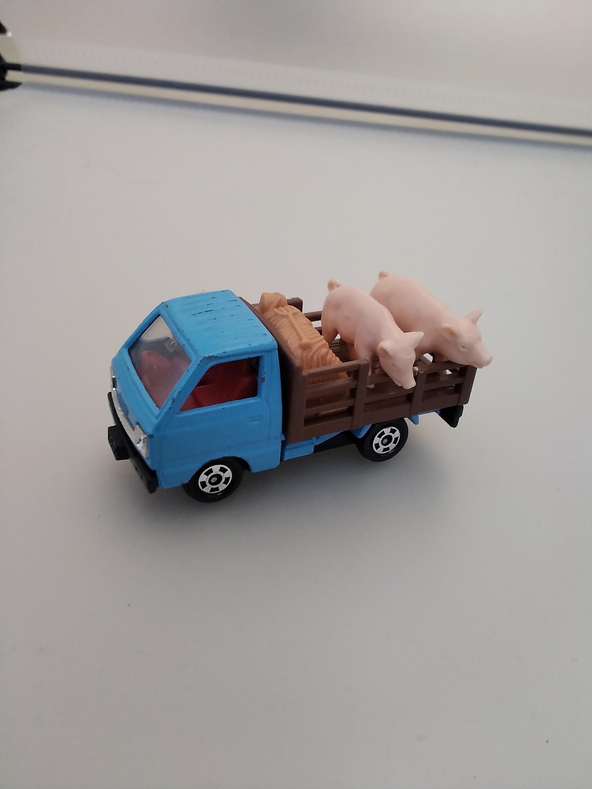 スズキ キャリー 家畜運搬車|TOMY