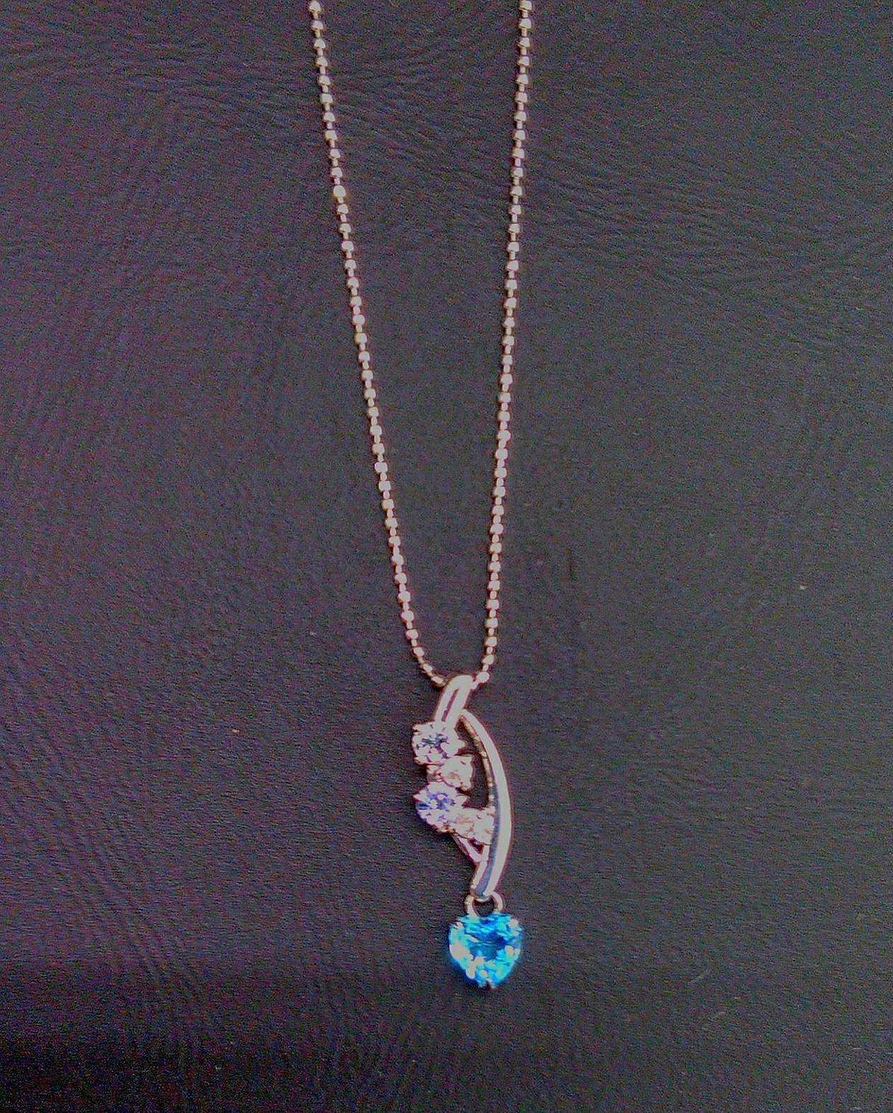 K18 WG宝石付きネックレス|K18WGネックレス
