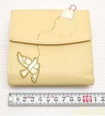 ウィメンズファッション二つ折り財布