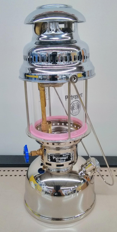 圧力式灯油ランタン|PETROMAX