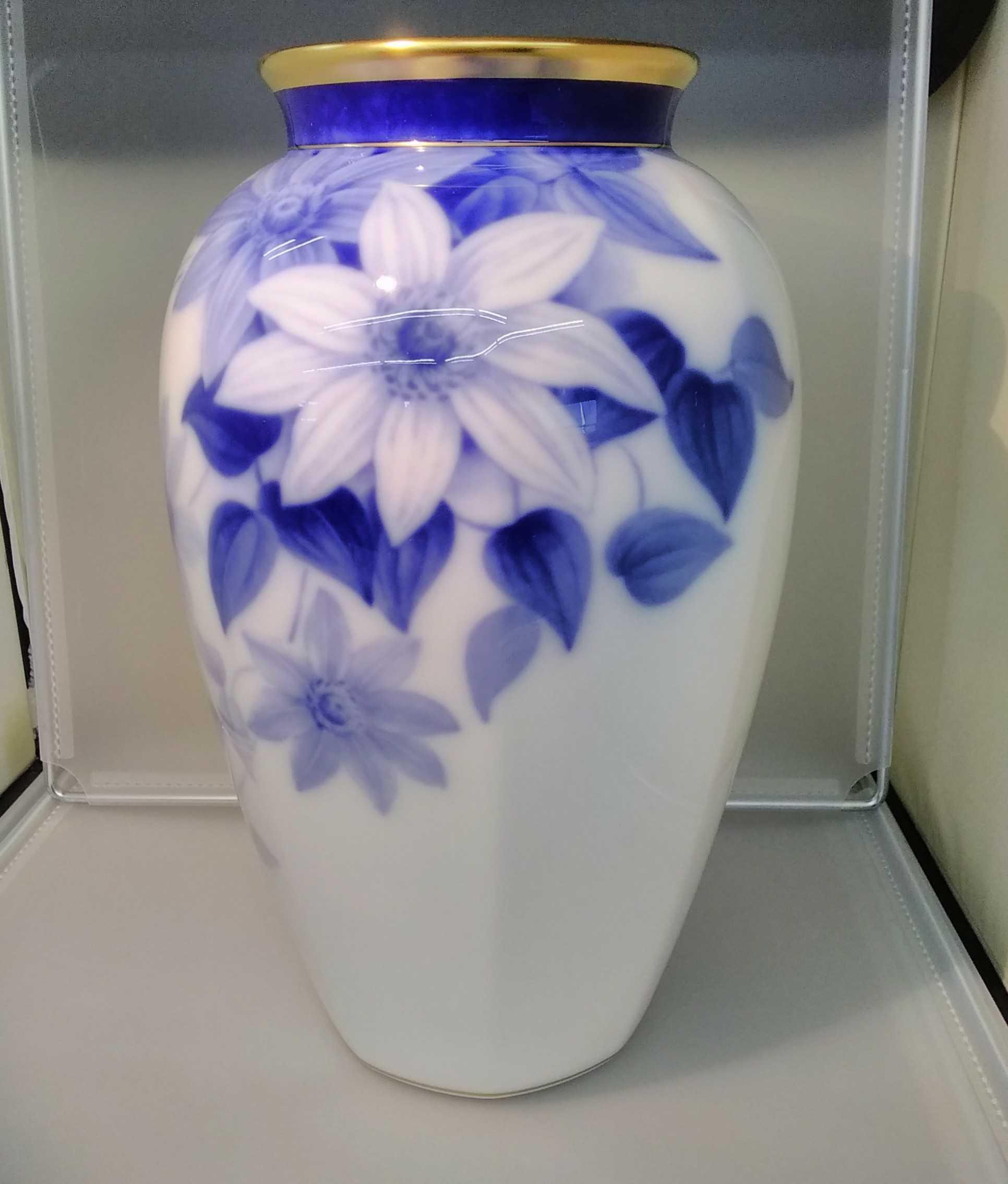 花器|大倉陶園