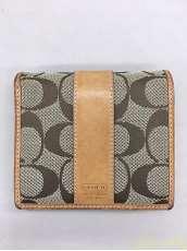 折り財布|COACH