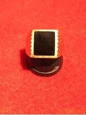 K18ブラック石付きリング 