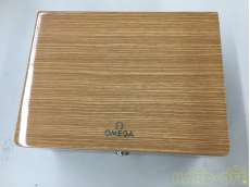 木製箱|OMEGA