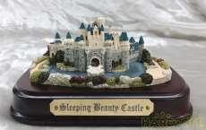 眠れる森の美女お城|DISNEY