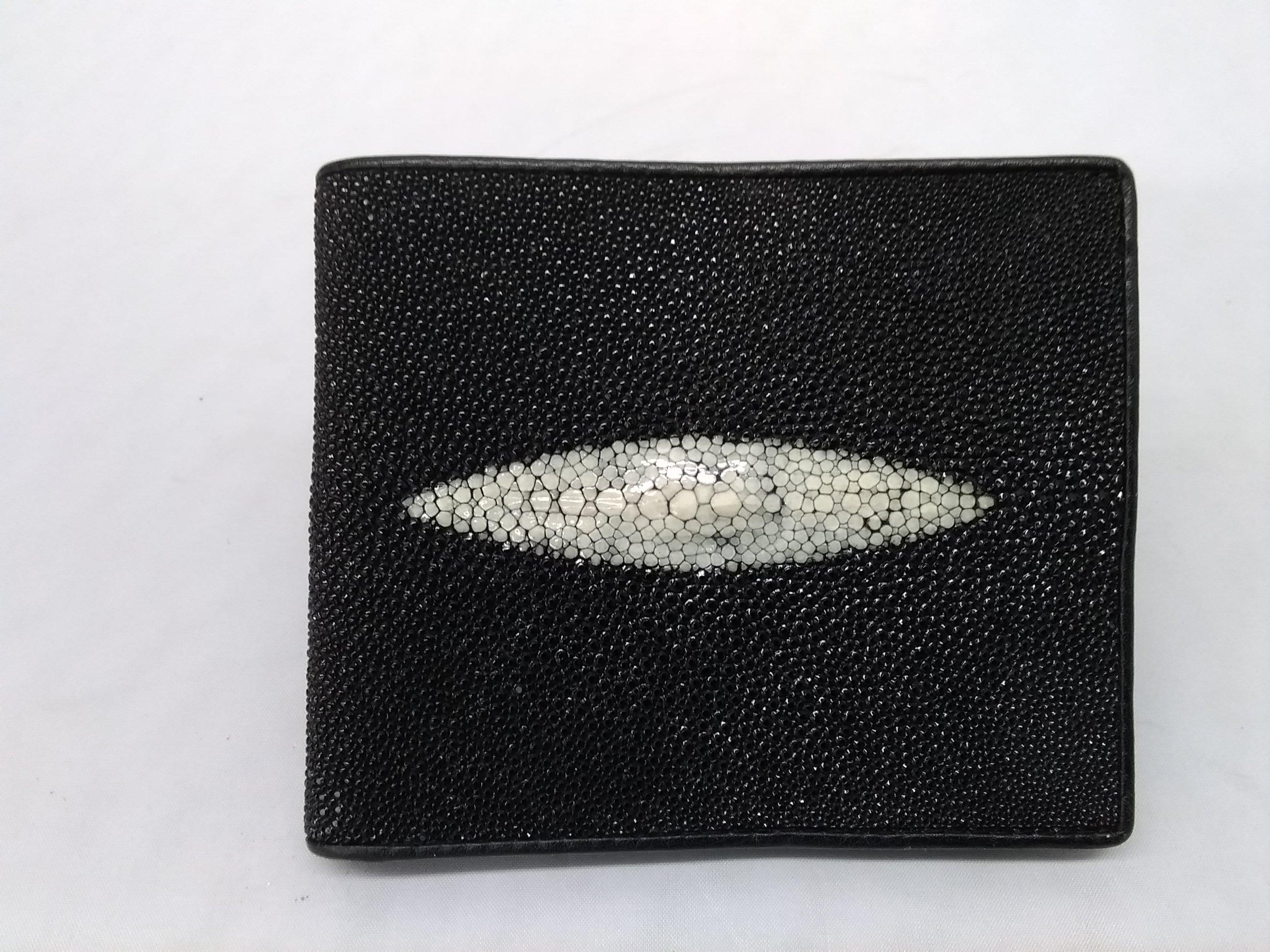 二つ折り財布|FINDIG