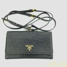 PRADA ショルダーバッグ(財布)|PRADA