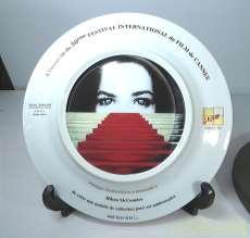 カンヌ国際映画祭50周年記念絵皿|講談社