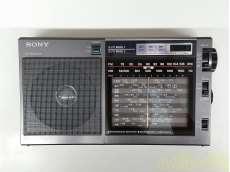 3バンド ポータブルラジオ
