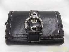 ウィメンズファッション二つ折り財布|COACH