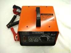 バッテリーチャージャー CELLSTAR