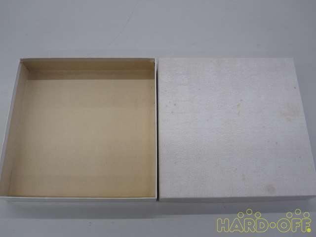 外箱(紙製、汚れシミあり)