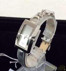 クォーツ・アナログ腕時計|D & G