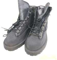 ダナー ブーツ LIGHT PYRAMID 限定モデル|DANNER