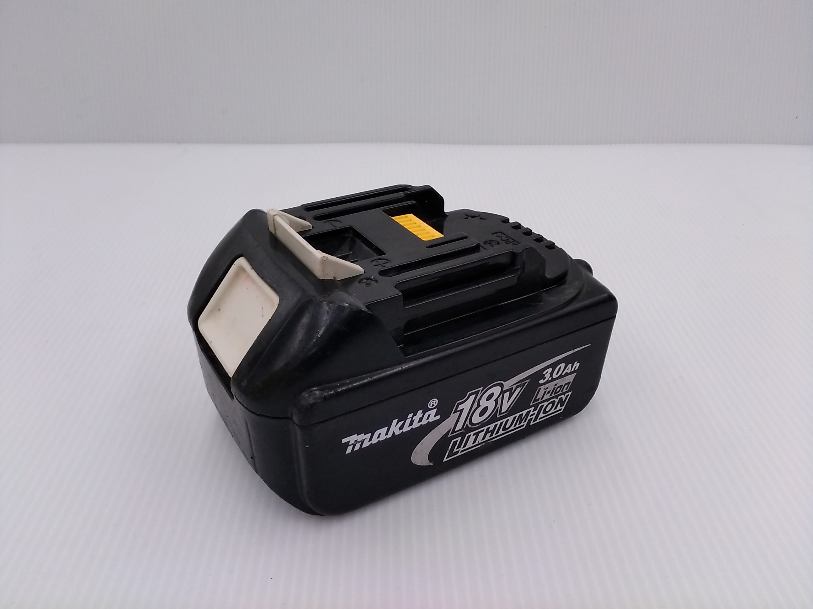 18V・3.0AHバッテリー|MAKITA