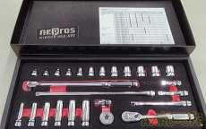 使用感なし!9.5sqソケットレンチセット26点!|KTC NEPROS
