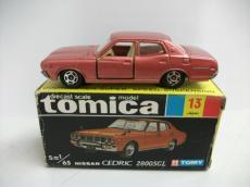 トミカ セドリック 2800SGL