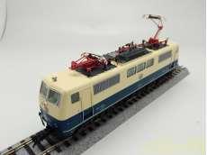 ドイツ 111形電気機関車|ROCO