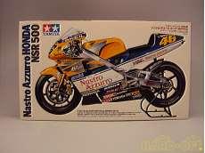 1/12 オートバイシリーズNo.82 ナストロ・アローズ・ホンダ NSR500