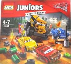 カーズ3 サンダーホローのクレイジー8レース|LEGO