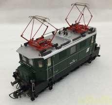 オーストリア国鉄 1045形電気機関車|ROCO
